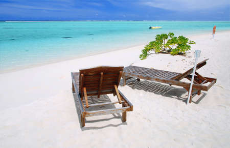 unspoilt: Two canvas chairs on a beautiful Maldivian beach Stock Photo
