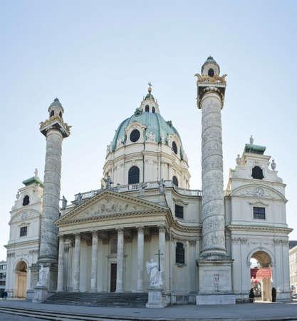 st charles: Bella ornamentale chiesa barocca Karlskirche, la chiesa di San Carlo - Vienna, Austria Archivio Fotografico