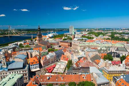 Uitzicht op Riga vanaf de toren van Saint Peter's Church, Letland