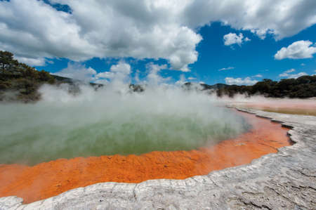 crater lake: Frying pan lake is the largest hot water spring in the world. Rotorua, Waimangu geothermal area, New Zealand
