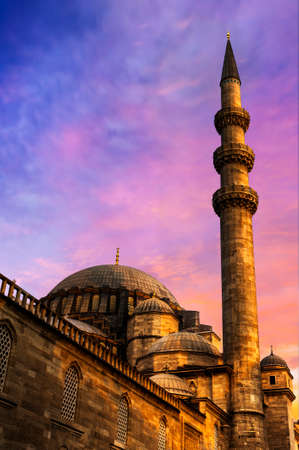 Suleymaniye Mosque against a dramatic sunset sky , Istanbul, Turkey Banco de Imagens