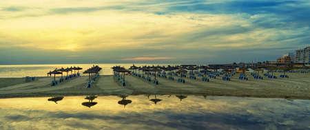 baleares: Scenic sunrise on the beach in Mallorca