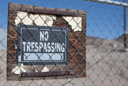 no trespassing: Ninguna muestra de violaci?n en tierras privadas