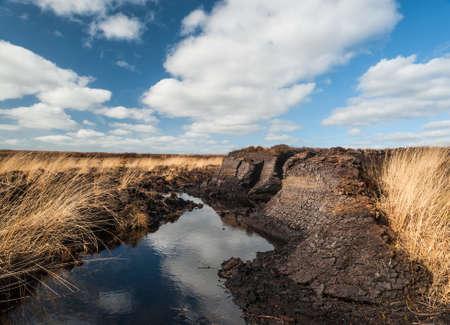 turba: Turbera paisaje en Irlanda
