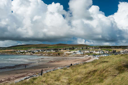 litoral: North Kerry village of Ballyheigue on the Atlantic seaboard of Ireland Foto de archivo