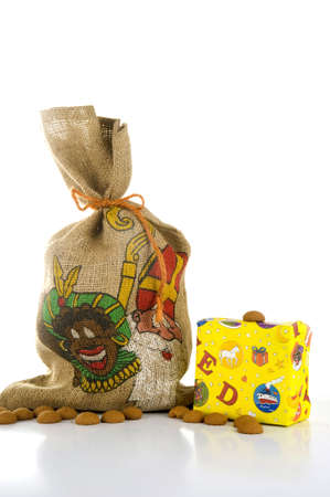 gingernuts: a bag with presents and gingernuts, for Sinterklaas Stock Photo