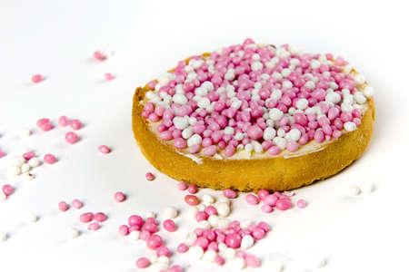 biscotte: un zwiebacks avec des souris blanches et roses, une tradition n�erlandaise