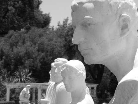 marmol: Estatuas de fuentes en Los Cocos C�rdoba Argentina