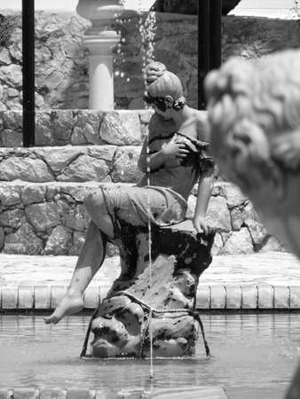 marmol: Estatuas de fuentes en Los Cocos Córdoba Argentina