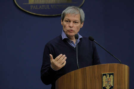the prime minister: Romanian Prime Minister Dacian Ciolos holds a press conference after the first informal meeting of his cabinet, at Victoria Palace, in Bucharest, capital of Romania, Nov ember 21, 2015.