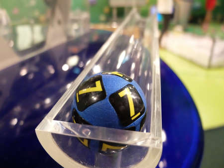 bait ball: Image of lottery balls during extraction of the winning numbers.