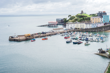 Aerial landscape view of Tenby harbor, Wales 免版税图像
