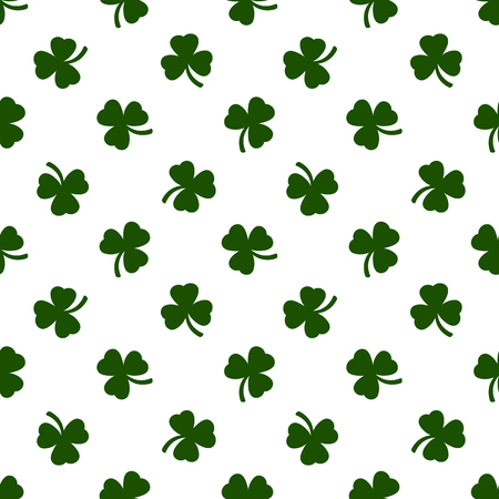 seamless clover: Seamless clover leaves background. St. Patricks day background. Vector illustration.