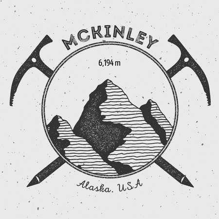 McKinley in Alaska, VS outdoor adventure-logo. Klimmen berg vector insignia. Klimmen, wandelen, wandelen, bergbeklimmen en andere extreme activiteiten logo sjabloon.
