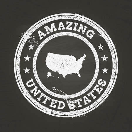 White chalk texture vintage stamp with United States of America map on a school blackboard. Grunge rubber seal with country map outline, vector illustration. Stock Illustratie