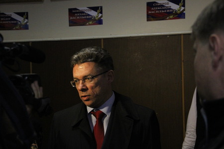 ruling: Candidate for mayor of Khimki from the Pro-Kremlin ruling party Oleg Shakhov Editorial