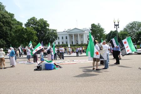 Washington DC, USA - 13 mei 2012. Protest de Syrische Diaspora tegen Rusland Redactioneel