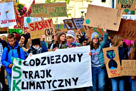 Friday, September 20, 2019. Millions of protesters worldwide come together to demand action on climate change Standard-Bild - 133265353