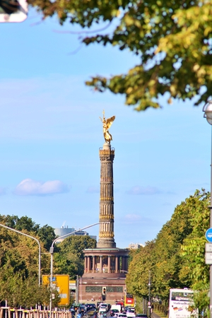 Berlin, Germany - Wednesday, October 2, 2019. The Victory Column is a monument in Berlin, Germany. Designed by Heinrich Strack after 1864 Standard-Bild - 133265420