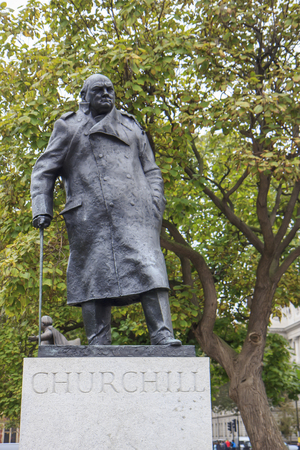 parliament square: Statue of Winston Churchill in Parliament Square London