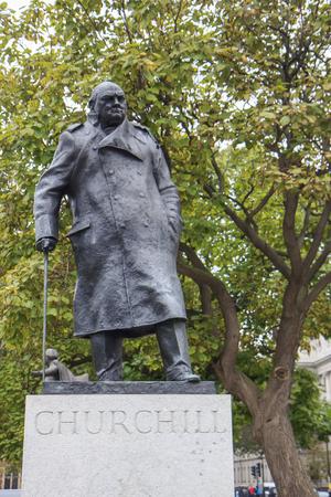 churchill: Statue of Winston Churchill in Parliament Square London