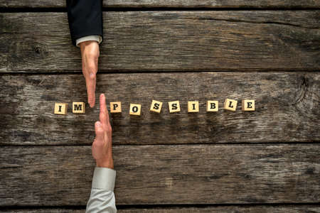 Persönlicher Berater und seinem Mandanten zusammen, um das Wort in Impossible Mögliche ändern. Konzeptionelle einer Änderung der persönlichen Perspektive auf das Leben, Karriere und Hindernisse.