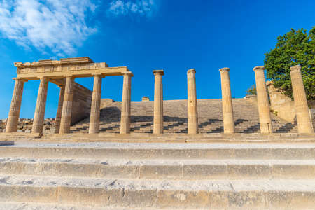 Ancient pillars of the acropolis of Lindos on the Rhodes island. Archivio Fotografico