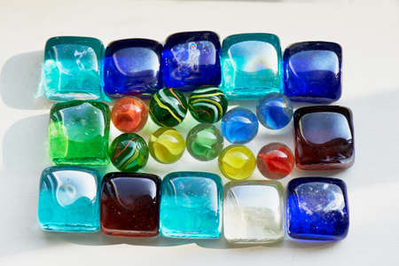 zafiro: Colorful glass colorful square and round stones. Macro