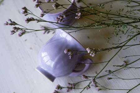 Gently purple bowl in the shape of a Bud, covered with icing.