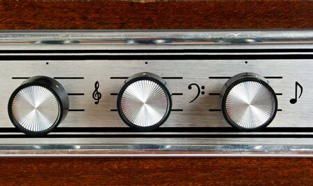 regulators: Regulators: volume, high and low frequencies. The panel old player.