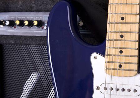 superdirecta: Mandos de un amplificador de guitarra