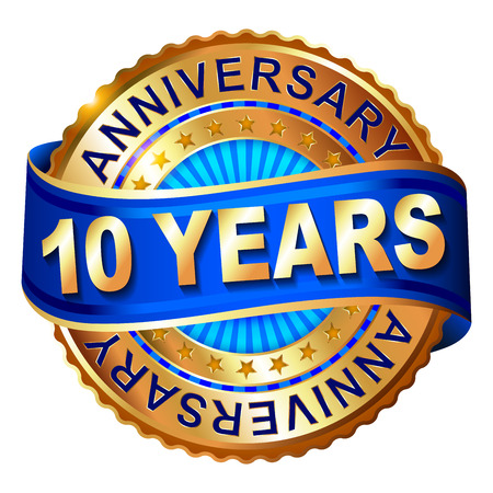 10 years anniversary golden label with ribbon. Vector illustration. Vettoriali