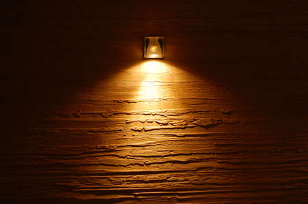 pared iluminada: luz sobre la pared de color textura