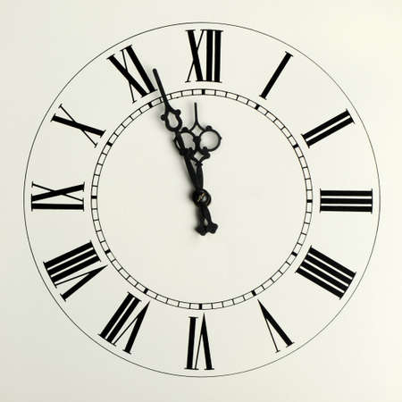 gear  speed: Vecchi ore con frecce figurate e le cifre romane