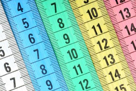 tailor measure: Misurazione nastro del sarto. Astratto colore sfondo