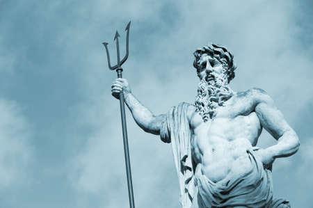 arte greca: Neptun statua. Data di creazione: 1800-1900 anni. Leopoli, Ucraina