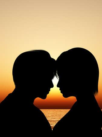 couple amoureux: Silhouette embrasser un couple d'amoureux. Contre le coucher du soleil Banque d'images