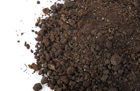 soil: Heap sporco, la vista dall'alto. Isolato su sfondo bianco Archivio Fotografico