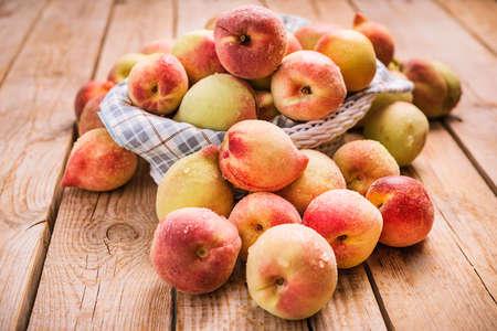 peaches basket