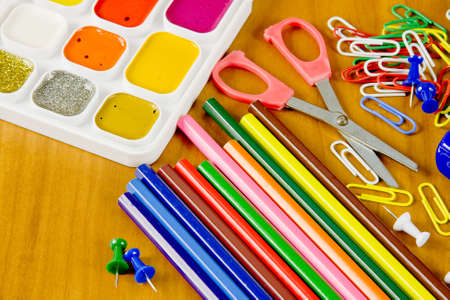 commodities: bright school belonging, office commodities