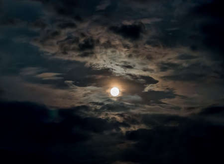 Bright moon in the clouds Imagens