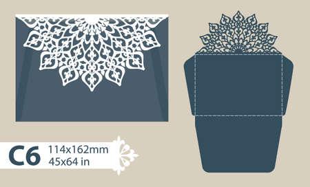Sjabloon felicitatie envelop met gesneden opengewerkte patroon. Sjabloon is geschikt voor wenskaarten, uitnodigingen, menu's, enz. Foto is geschikt voor het lasersnijden of afdrukken. Vector. Gemakkelijk te bewerken