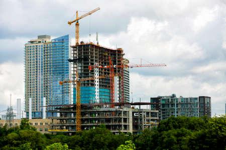 Bouw van nieuwe moderne gebouw