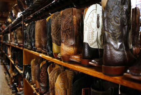 tienda zapatos: Tienda de arranque