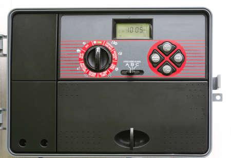 Moderne automatische Sprinkleranlage Steuertimer Standard-Bild - 47615873