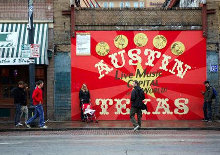AUSTIN, TEXAS - 9. März: SXSW 2017 South by Southwest 2017 Jährliche Musik, Film und interaktive Konferenz und Festival am 9. März 2017 in Austin, Texas. Festival findet vom 9. bis 18. März statt. Plakat auf 6 Straße Standard-Bild - 77200475
