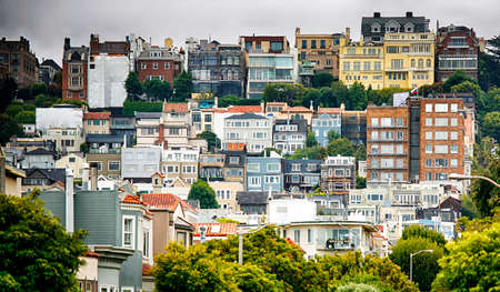San Francisco, California, July 30, 2015 View on old houses 新聞圖片