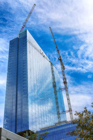 March 8, 2017, Austin, Texas. Construction of new modern building, downtown Austin. Austin is the capital of the U.S. state of Texas. It is the 11th-most populated city in the U.S. Standard-Bild - 111544231
