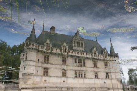 chateau: Castle Azay-le-Rideau Chateau dAzay-le-Rideau