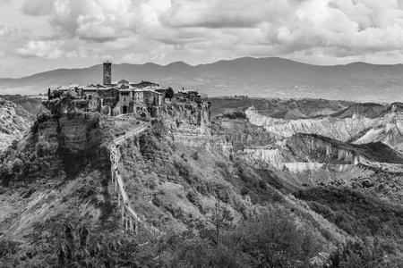exciting: Exciting view to Civita di Bagnoregio, Italy.